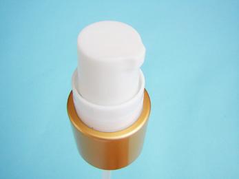 Cream-wht-gld-SNXC0206